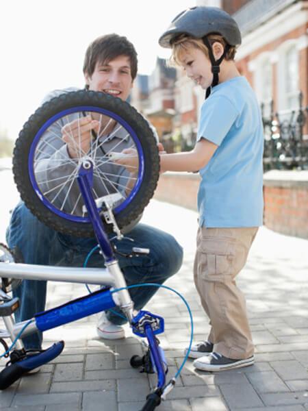 child doing bikeability